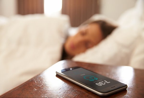حذف تلفن همراه در شب